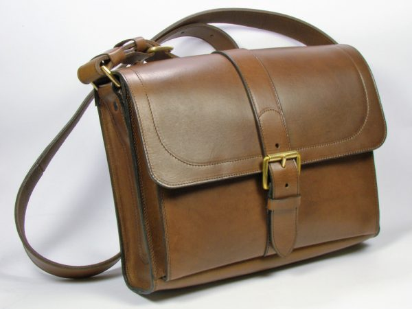 Medium Satchel - front view - default buckle